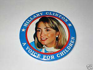 HILLARY CLINTON Pin Pinback Button 1992 FIRST LADY