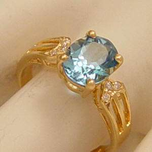 Blue Topaz and Diamond 14Kt Gold Right Hand Ring Estate