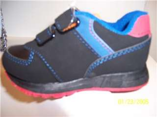 Sesame Street Elmo Sneaker Shoes Size 5/6