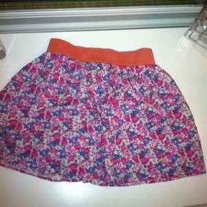 Juniors Super Cute Floral Skirt Size Small