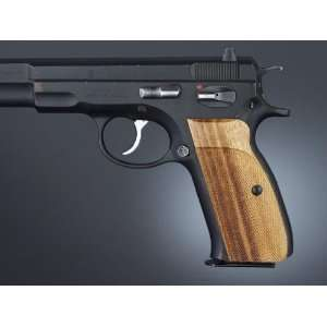 Hogue CZ 75, CZ 85 Goncalo Checkered 75211: Sports