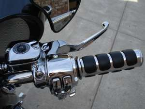 CHROME PLATED V STYLE SPOTLIGHT BAR FOR HARLEY ROAD KING 1994 03