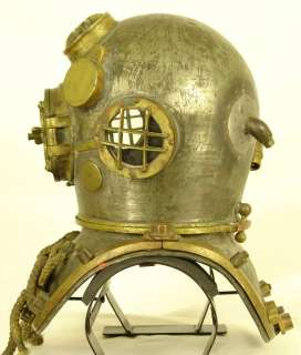 US NAVY MARK V SCHRADER ANTIQUE DIVING HELMET JULY 1942   CLASSIC WW2