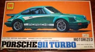 Otaki 124 Porsche 911 Turbo Motorized #71 |