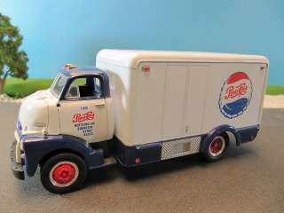 First Gear GMC Insulated Pepsi Cola Fountain Truck #19 1404 1:34