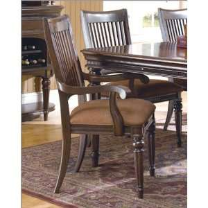 Universal Furniture Arm Chair Brentwood Court UF9780735