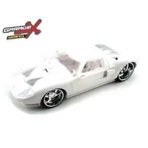 2005 Ford GT Plastic Model Kit 1/24 Toys & Games