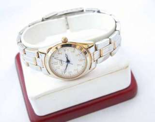 Guess Ladies Wrist Watch Classy Nice Simple Used Casual Luxury