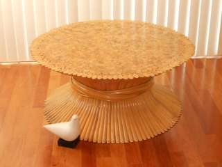 JAZZIES IS PLEASED TO OFFER THIS VINTAGE 1960s MID CENTURY MODERN