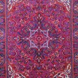 Hand knotted Heriz Red/ Purple Wool Rug (68 x 98)