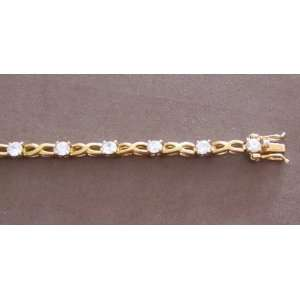 Fashion Ladies Tennis Style Bracelet Gold Tone Figure 8 Links & Cubic
