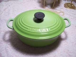VINTAGE LE CREUSET KIWI GREEN COVERED CASSEROLE CAST IRON POT 2.75 QT