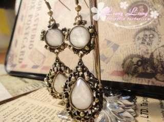 Noble Retro Gold White Stone Hollow Fashion Dangle Earrings