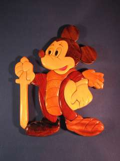 DISNEY MICKEY MOUSE W/ SWORD WOODEN WALL ART PLAQUE 9X7