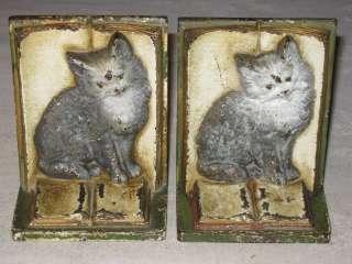 ANTIQUE BRADLEY HUBBARD CAST IRON VICTORIAN CAT ART KITTEN BOOK STATUE