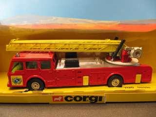 Corgi Diecast Dennis Aerial Ladder Fire Engine Truck Vintage #1120 1