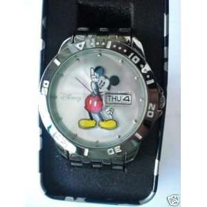 Disney Mens Mickey Mouse Watch Mck2051