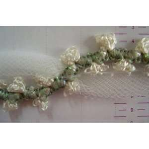 5 Yds Flowers With Tulle Trim 020 Ivory Cream .5 Inch